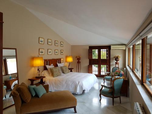 Suite Familiar (3 adultos) Palacio del Cobertizo de Santa Ines 10