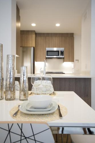 Property Image#8 Luxury Two Bedroom Apartment   Midtown West G