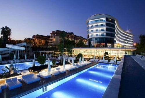 Q Premium Resort Hotel - Ultra All Inclusive front view