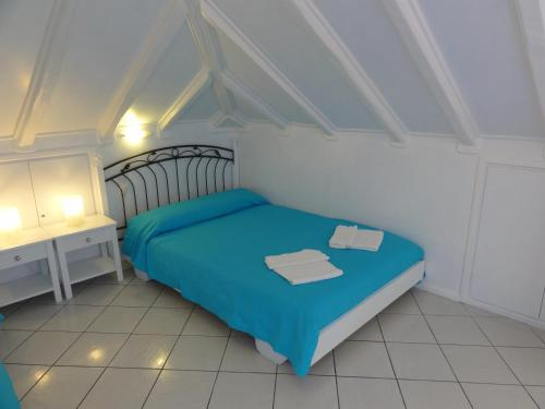 Photo of Botsis Guest House Hotel Bed and Breakfast Accommodation in Hydra Island N/A