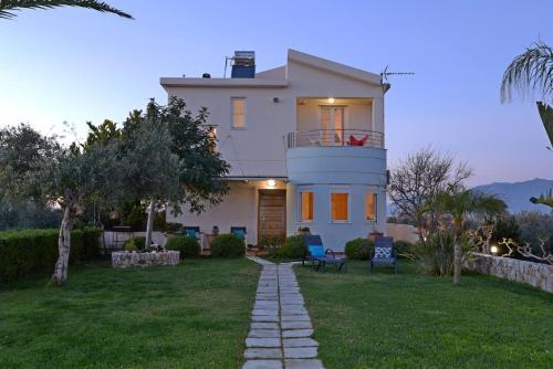 Elia Seaside Villa