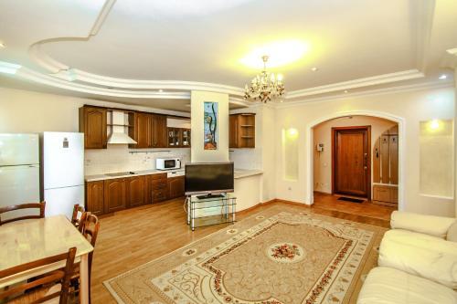 HotelApartments on Qabanbay Batyra 11