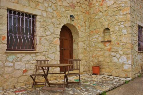 Villa Platanos
