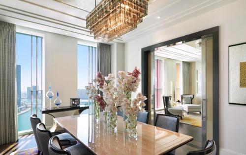 Four Seasons Hotel Abu Dhabi at Al Maryah Island photo 60