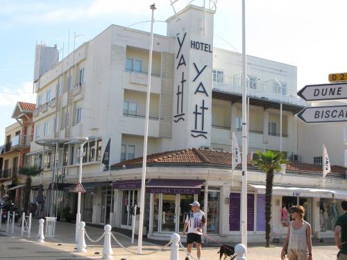 Yatt Hotel
