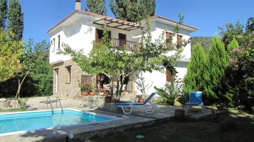 More about EL Villa Pelion