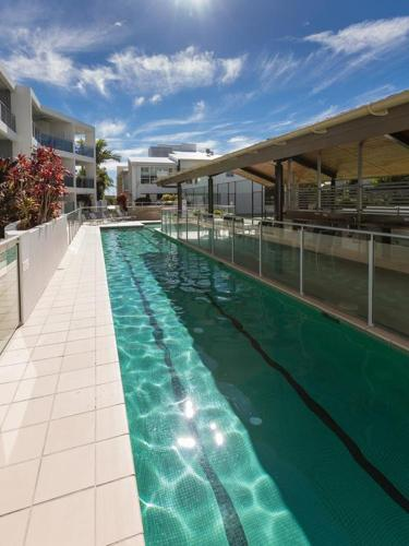 5 star holiday Coolum Beach- Budget family prices