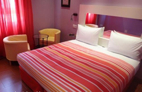 Hostal arco iris titulcia best places to stay - Hostal casa arco iris ...