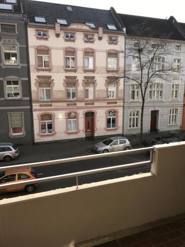 TMJ Apartment photo 17