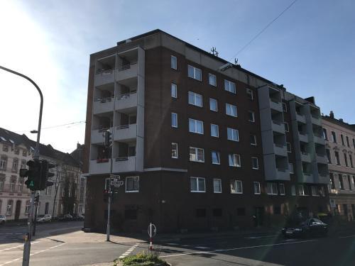 TMJ Apartment photo 9