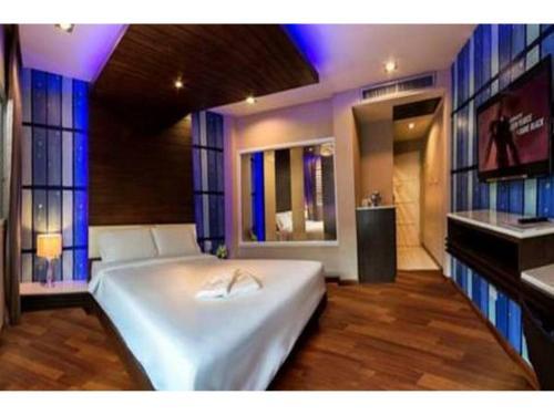 HotelNIDA Rooms Market Ta Chang 302
