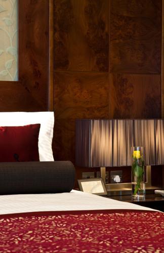 Grand Millennium Al Wahda Hotel Apartment photo 35