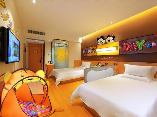 Mainland Chinese Citizens - Twin Room wirh Children Decor