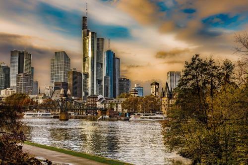Ramada Frankfurt am Main City Center & Financial District photo 45