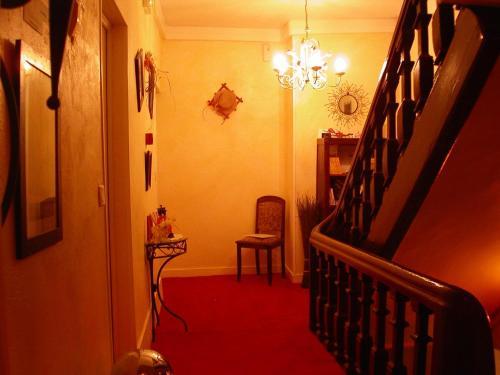 Отель Hôtel le Dauphin 0 звёзд Франция