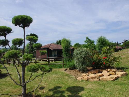 Holiday home Les Portes Du Beaujolais 2