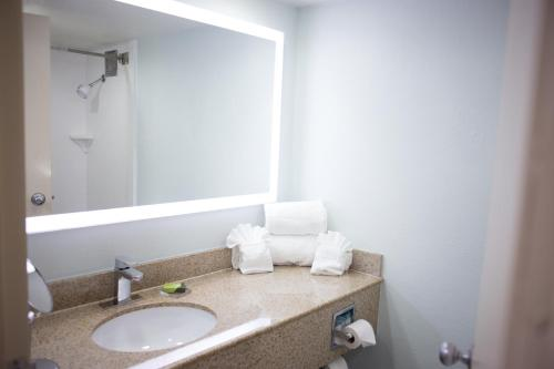 The Grand River Hotel an Ascend Hotel Collection Member Grand Rapids