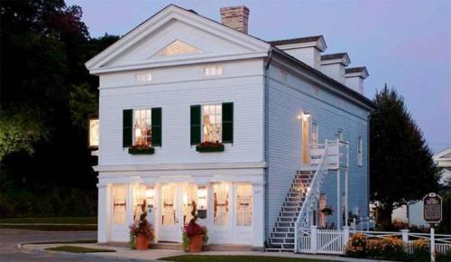 The Rochester Inn