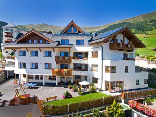Apart-Hotel Aurora Fiss