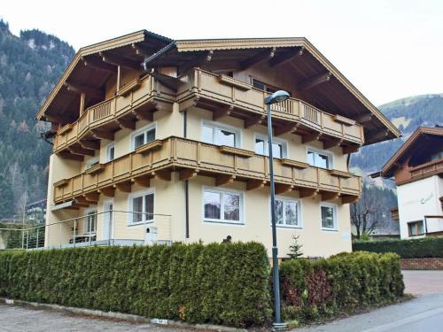 Apartment Sidan III
