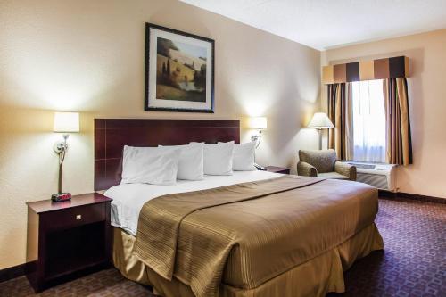 Quality Inn & Suites Peoria
