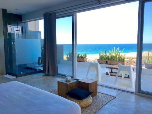 Villas La Mar #7 Ocean View Suite
