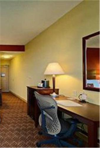 Hampton Inn Oklahoma City Edmund hotel accepts paypal in Edmond (OK)