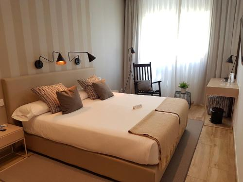 Budget Double or Twin Room - single occupancy Hotel Boutique Balandret 5