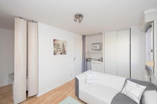 Studio avec parking et balcon aux Argoulets