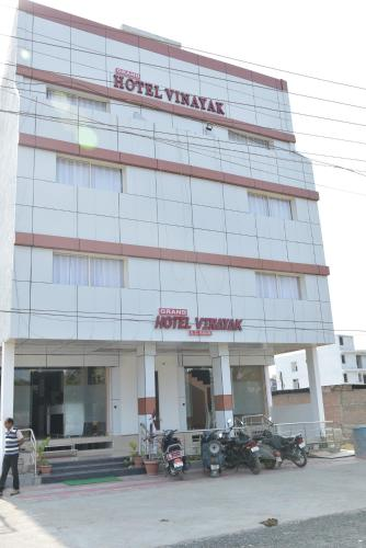 Grand Hotel Vinayak