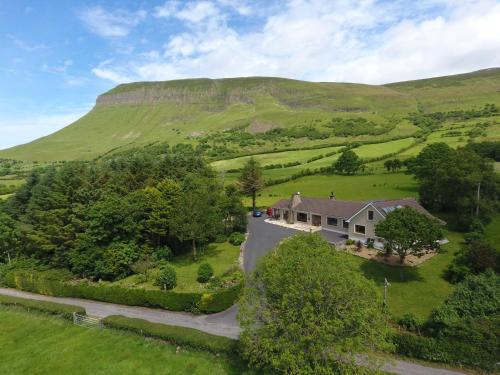 Benbulben Farmhouse B&b