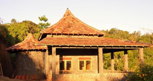 Kurulu Estate