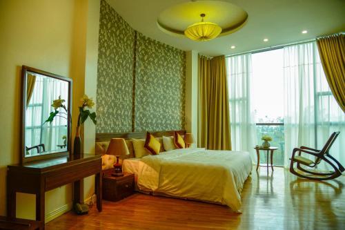 Sunrise Suites Hotel