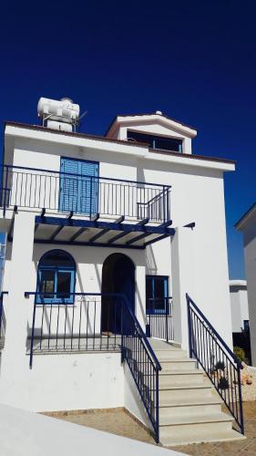 Akamas Holiday House