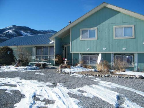 Terra Verde Vacation Rental by Cottonwood Hot Springs Inn and Spa
