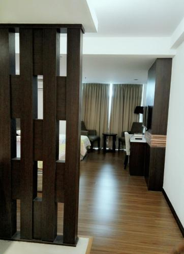 HotelCaliph Suite Guest House @ KBCP