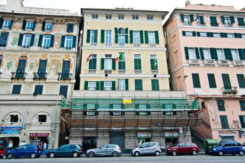 A casa acquario appartamento genova italia for Acquario casa prezzi