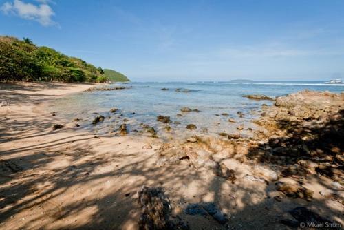 Popototan Island Getaway