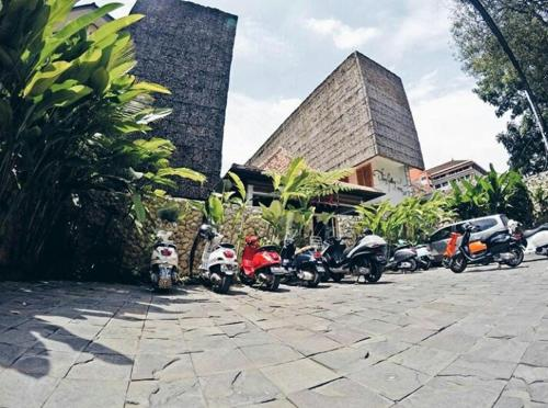 a hotel com flores gallery hotel hotel bandung indonesia rh a hotel com Bandung Shopping Bandung Shopping