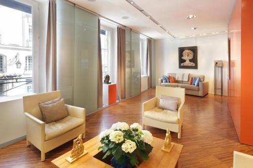Matignon Terrace Apartment