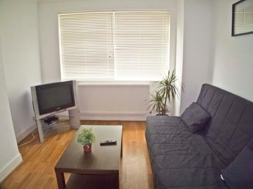 Photo of Coulsdon Place Apartments Self Catering Accommodation in Coulsdon London