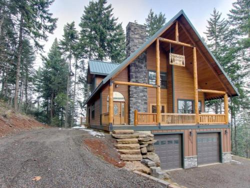 Svendsen Lodge