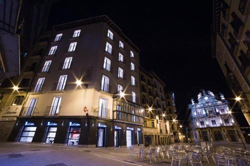 HotelHotel Pompaelo Plaza del Ayuntamiento & Spa