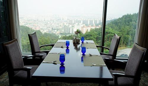 Shinyang Park Hotel Gwangju - room photo 1804089