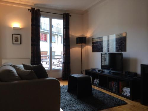 GREY Bastille Apartment - 3