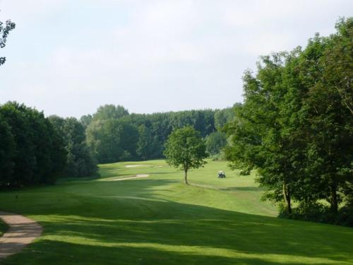 Golf course [on-site] Stay at DeRotte