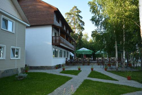 Guest House Ostrov
