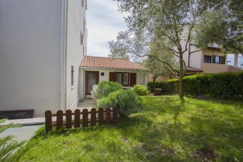 Apartments Vesna 1075