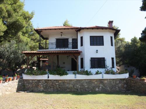 Garden House Kalogria