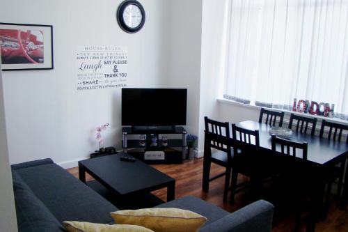 HotelCorporation Street Apartment